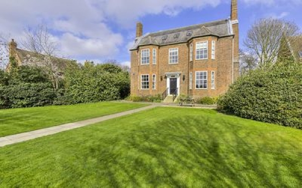 Residential conversion of a listed building, Paxton